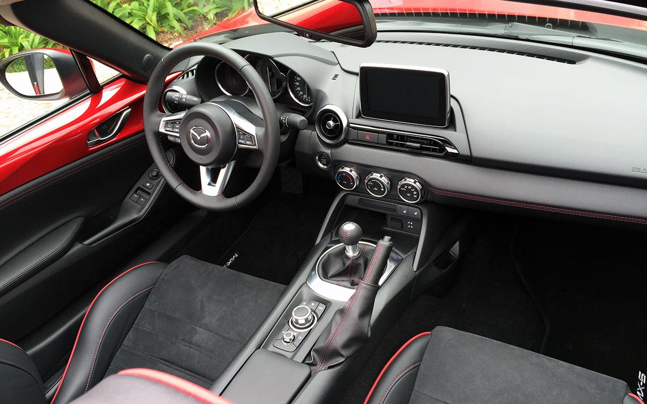 Mazda MX-5_04