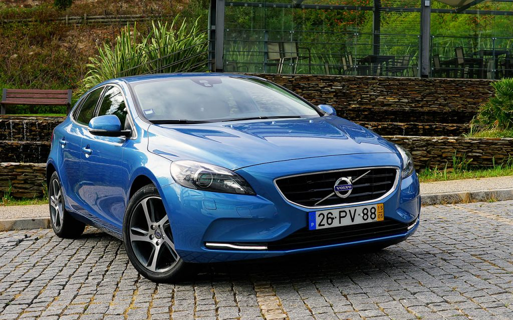 volvo v40 d2 momentum aposta certa motor. Black Bedroom Furniture Sets. Home Design Ideas